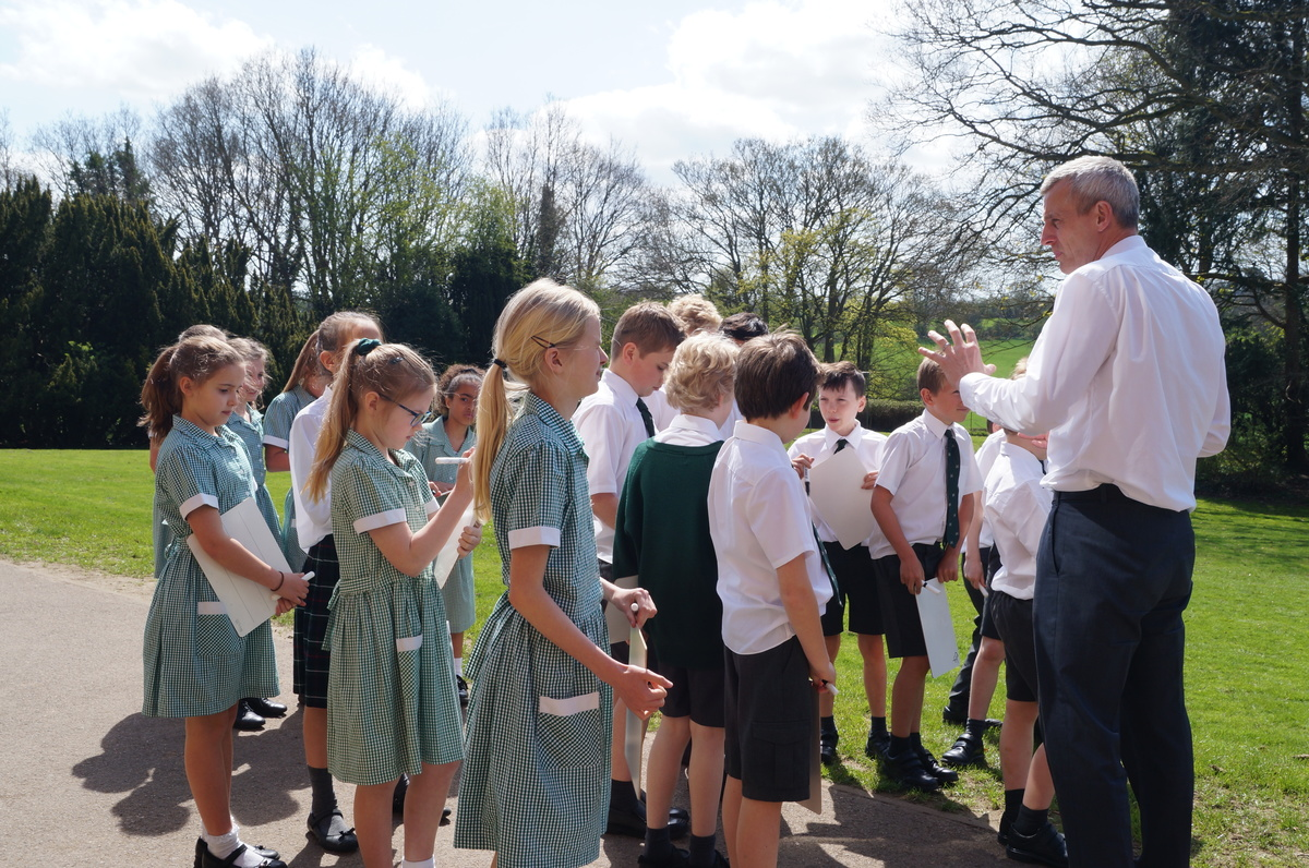 Year 5 English take their learning outside